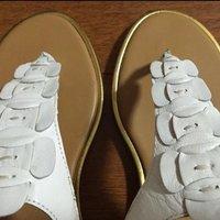 全新玖熙女士真皮罗马平底凉鞋 美国7.5码